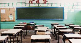 Estudantes de escolas públicas na América Latina perdem um dia de aula por semana