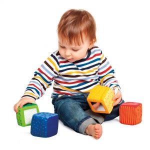 Entenda o desenvolvimento dos bebês até os 18 meses