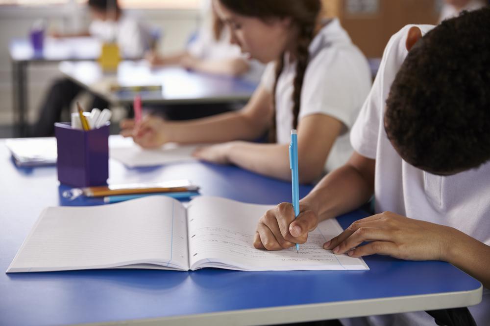 O que os educadores pensam sobre a reprovação e a progressão continuada