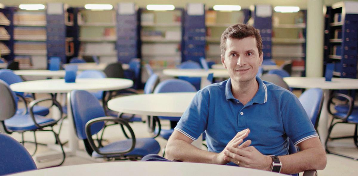 O diretor escolar Rurdiney da Silva, de Serra/ES | © Divulgação