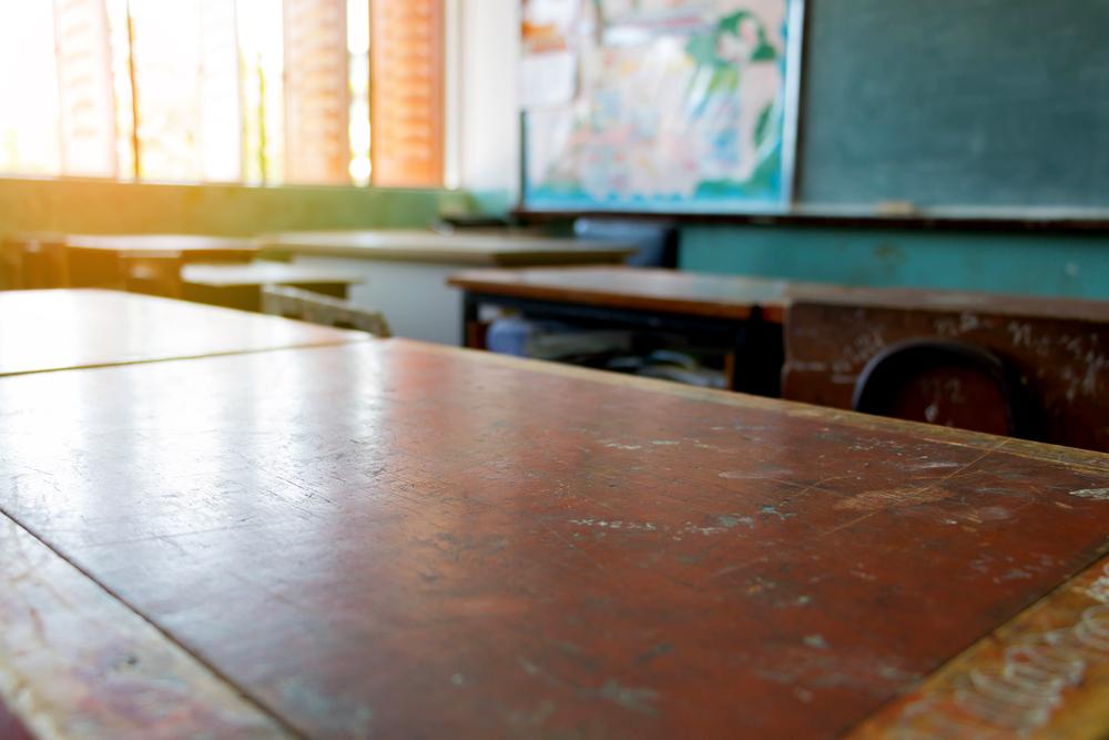 Escolas de nível socioeconômico baixo têm diretores menos experientes e com salários mais baixos, mostra pesquisa