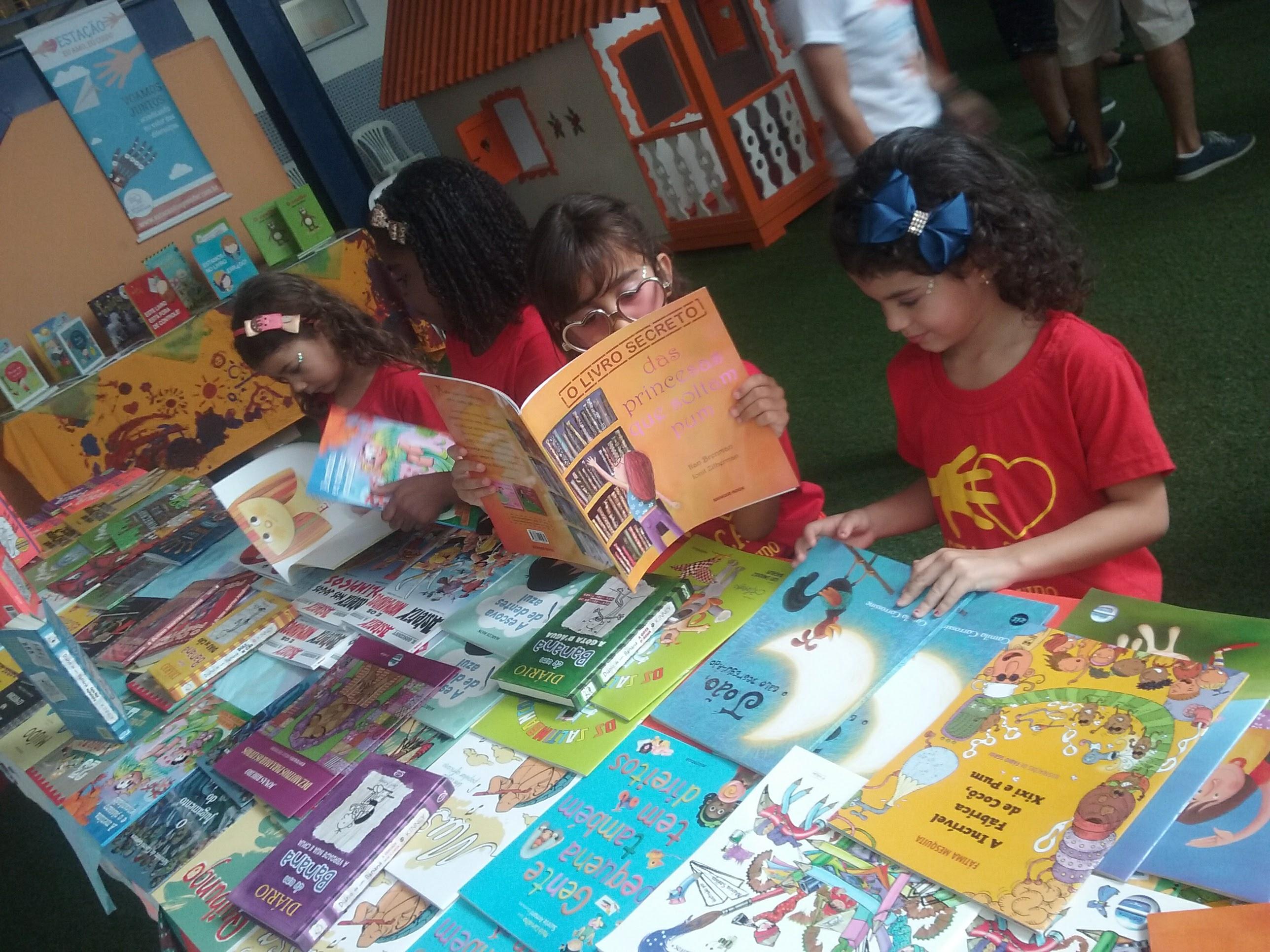 Foto do Projeto 'Gente que Lê', que oferece o workshop. (Crédito: Márcia Reis)