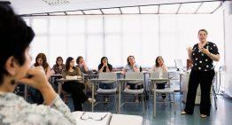 Escolas particulares inovam em propostas de formação em serviço