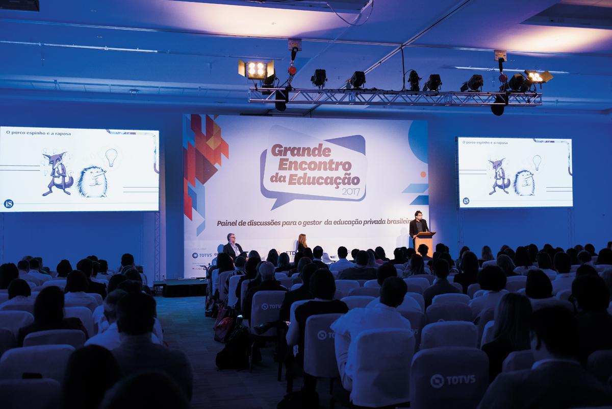 Palestra de abertura do Grande Encontro da Educação 2017: os desafios de monitorar e cumprir o que se planeja (Crédito: © Gustavo Morita)