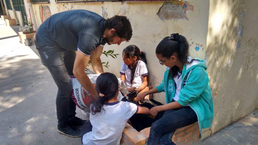 Sustentabilidade é um dos temas explorados em projetos na Escola Infante Dom Henrique, de São Paulo (SP), que faz parte do Programa de Escolas Associadas (PEA) da Unesco. (Crédito: Arquivo/Escola Infante Dom Henrique)