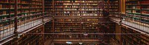 Livro não se empresta... nem se devolve (Crédito: Shutterstock)