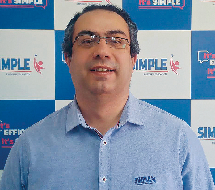 Fernando Rodrigues, diretor administrativo da Associação Brasileira do Ensino Bilíngue (Crédito: Divulgação)
